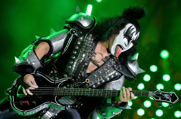 Buổi hòa nhạc của nhóm Kiss trong tổ hợp thể thao Olympic tại Matxcơva. - Sputnik Việt Nam