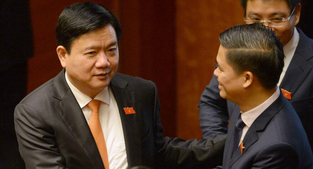 Ông Đinh La Thăng, Ủy viên Bộ Chính trị, Bí thư Thành ủy TP.HCM.