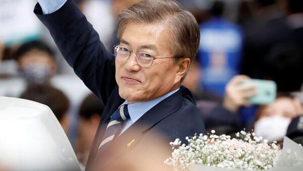 Кандидат в президенты Южной Кореи Мун Джэин - Sputnik Việt Nam