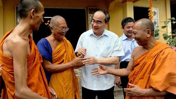 Ông Nguyễn Thiện Nhân sẽ là mối dây gắn kết các thành phần tôn giáo, sắc tộc tại TP HCM thành một khối đại đoàn kết. - Sputnik Việt Nam