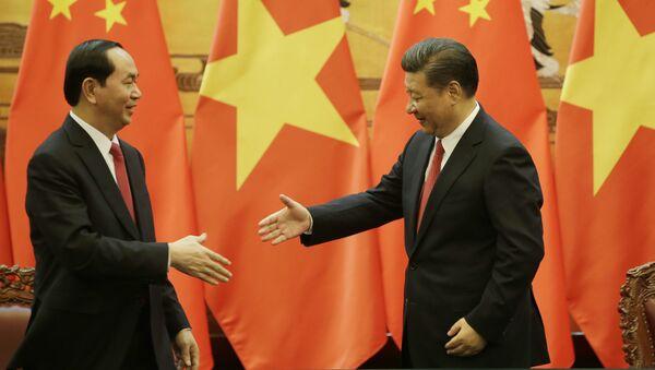 Chủ tịch Trần Đại Quang và Chủ tịch Tập Cận Bình trong cuộc họp tại Bắc Kinh - Sputnik Việt Nam