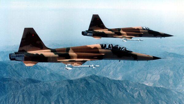 Máy bay tiêm kích chiến đấu F-5E Tiger II  - Sputnik Việt Nam