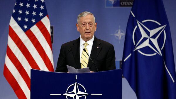 Bộ trưởng Quốc phòng Mỹ James Mattis - Sputnik Việt Nam