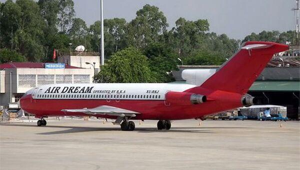 Chiếc Boeing 727 bị bỏ rơi 10 năm ở sân bay Nội Bài - Sputnik Việt Nam
