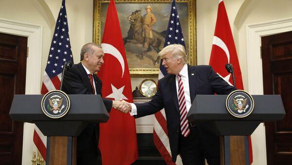 Donald Trump và Recep Tayyip Erdogan - Sputnik Việt Nam