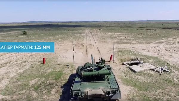 Poroshenko phái xe tăng đến Donbass (Video) - Sputnik Việt Nam