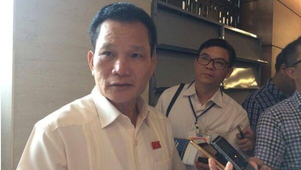 Phó chủ nhiệm Ủy ban các vấn đề xã hội Bùi Sĩ Lợi - Sputnik Việt Nam