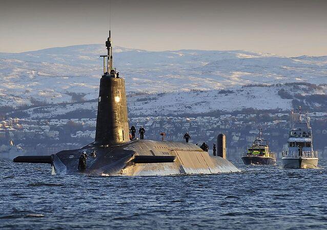 tàu ngầm hạt nhân lớp Vanguard (Anh)