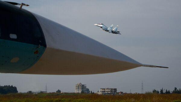 Su-30 tại Hmeimim - Sputnik Việt Nam