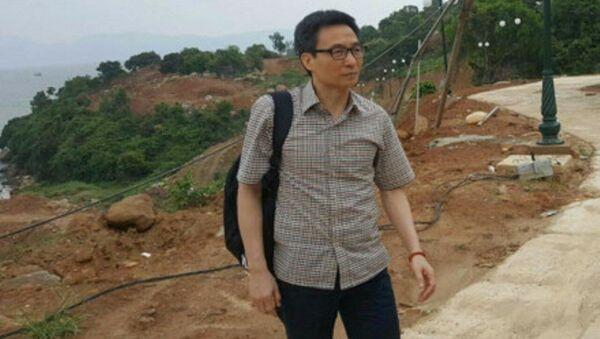 Trong chuyến thị sát lần này, Phó Thủ tướng chỉ đi cùng một số người thân cận, không có sự tham dự của lãnh đạo TP. Đà Nẵng. - Sputnik Việt Nam