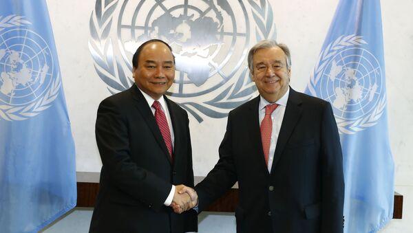 Thủ tướng Chính phủ Nguyễn Xuân Phúc và Tổng thư ký Liên Hợp Quốc Antonio Guterres - Sputnik Việt Nam