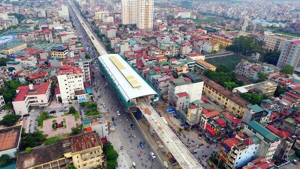 Tuyến đường sắt trên cao nhiều tồn tại trong các hạng mục lắp đặt. - Sputnik Việt Nam