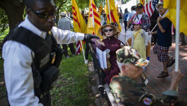 Cuộc biểu tình của người Mỹ gốc Việt ở Washington, DC - Sputnik Việt Nam
