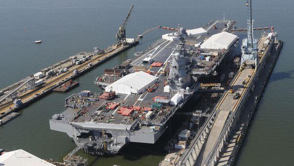 Hải quân Hoa Kỳ tiếp nhận hàng không mẫu hạm đắt giá nhất thế giới làm vũ khí (USS Gerald R. Ford) - Sputnik Việt Nam