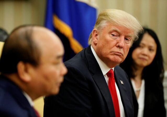 Tổng thống Mỹ Donald Trump và Thủ tướng Nguyễn Xuân Phúc tại Washington