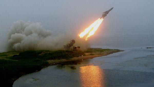 Пуск ракеты берегового комплекса Редут - Sputnik Việt Nam