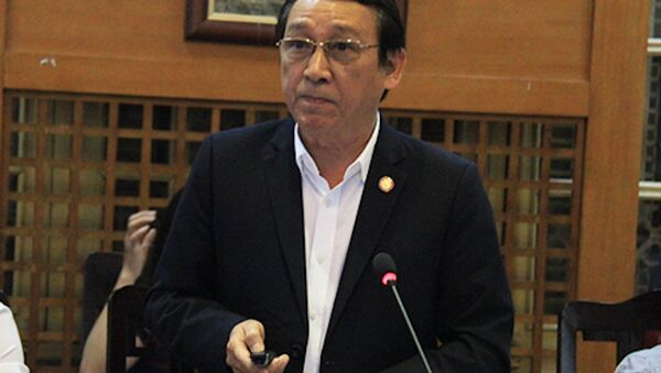 Ông Huỳnh Tấn Vinh phát biểu tại tọa đàm của Bộ Văn hóa ngày 30/5. - Sputnik Việt Nam