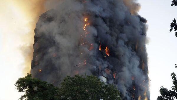 Cháy nhà cao tầng ở London - Sputnik Việt Nam