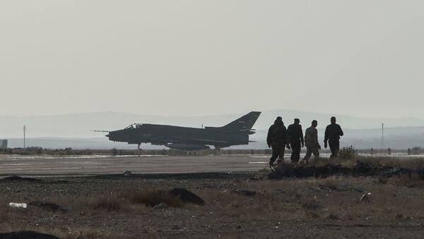 Máy bay Su-22 của Syria - Sputnik Việt Nam