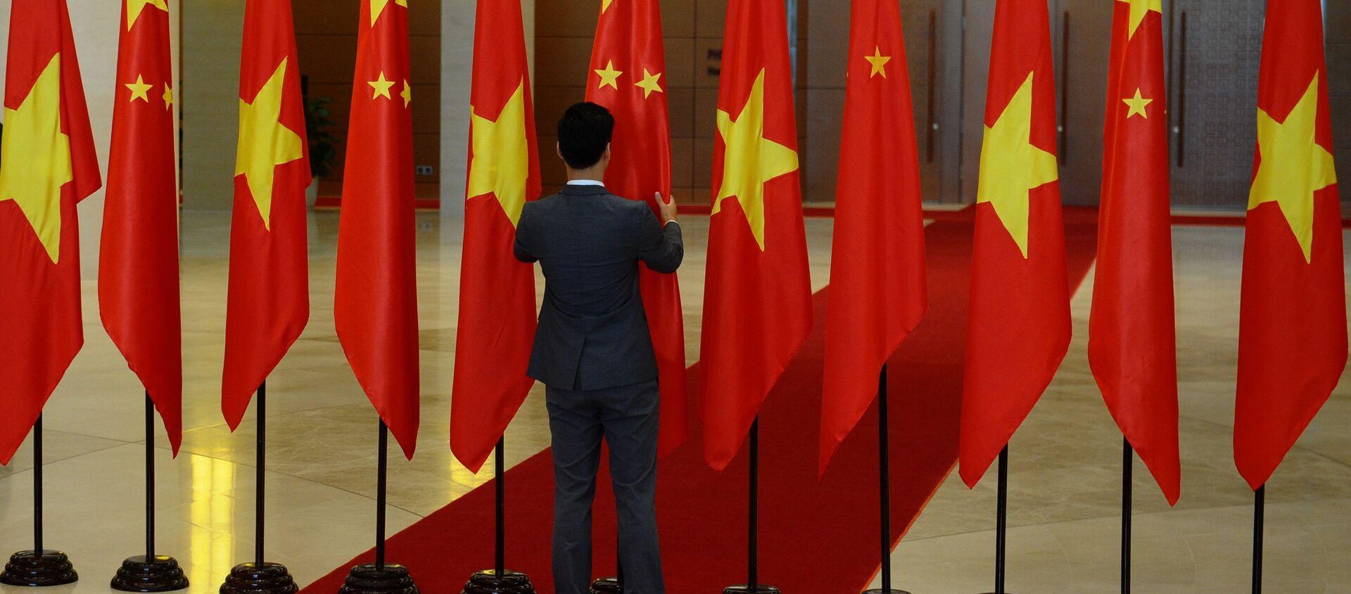 Cờ quốc gia Trung Quốc và Việt Nam - Sputnik Việt Nam, 1920, 25.06.2021