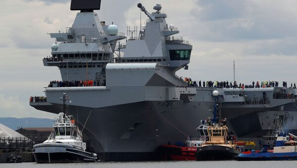Tàu sân bay khổng lồ nhất của Hải quân Vương quốc Anh Queen Elizabeth - Sputnik Việt Nam