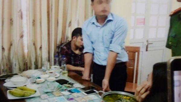 Hình ảnh về vụ bắt giữ ông Lê Duy Phong những thứ vật chứng được coi là tang vật của vụ việc - Sputnik Việt Nam