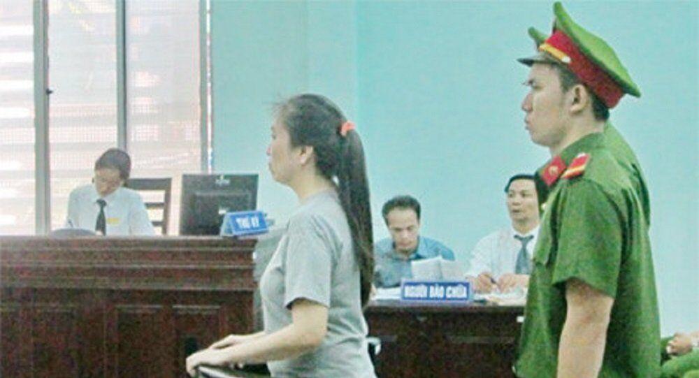 Bị cáo Nguyễn Ngọc Như Quỳnh trả lời thẩm vấn tại tòa