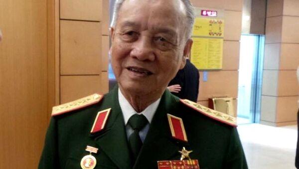 Đại tướng Phạm Văn Trà khuyến cáo cần bình tĩnh, tỉnh táo để đối phó tốt nhất với các diễn biến trên biển. - Sputnik Việt Nam