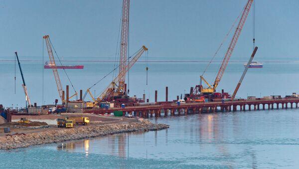 Строительство моста через Керченский пролив в Крыму - Sputnik Việt Nam