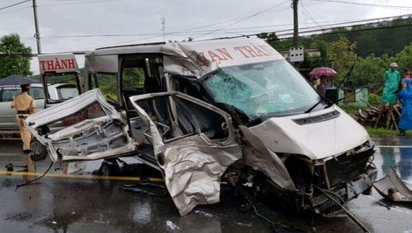 Cấp cứu tai nạn giao thông, 24 bác sĩ, người dân có nguy cơ phơi nhiễm HIV - Sputnik Việt Nam