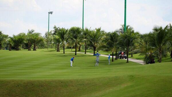 Sân golf trong sân bay Tân Sơn Nhất - Sputnik Việt Nam