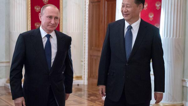 Tổng thống Nga Vladimir Putin và Chủ tịch Trung Quốc Tập Cận Bình - Sputnik Việt Nam