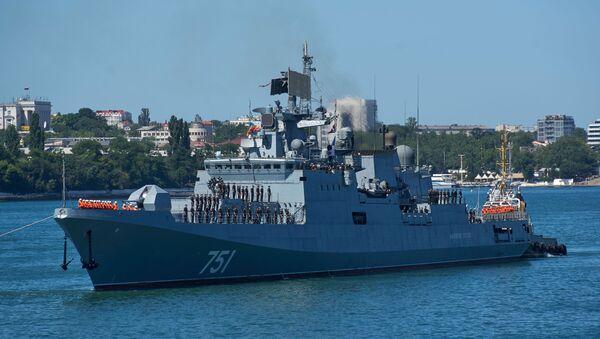Khu trục hạm tên lửa Đô đốc Essen - Sputnik Việt Nam