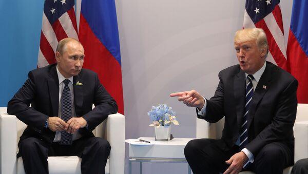 Vladimir Putin và Donald Trump, G20 - Sputnik Việt Nam