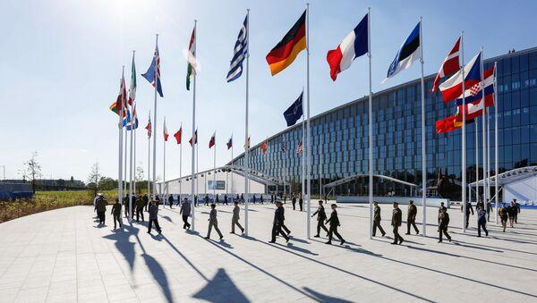 Флаги стран-участниц на саммите НАТО в Брюсселе - Sputnik Việt Nam