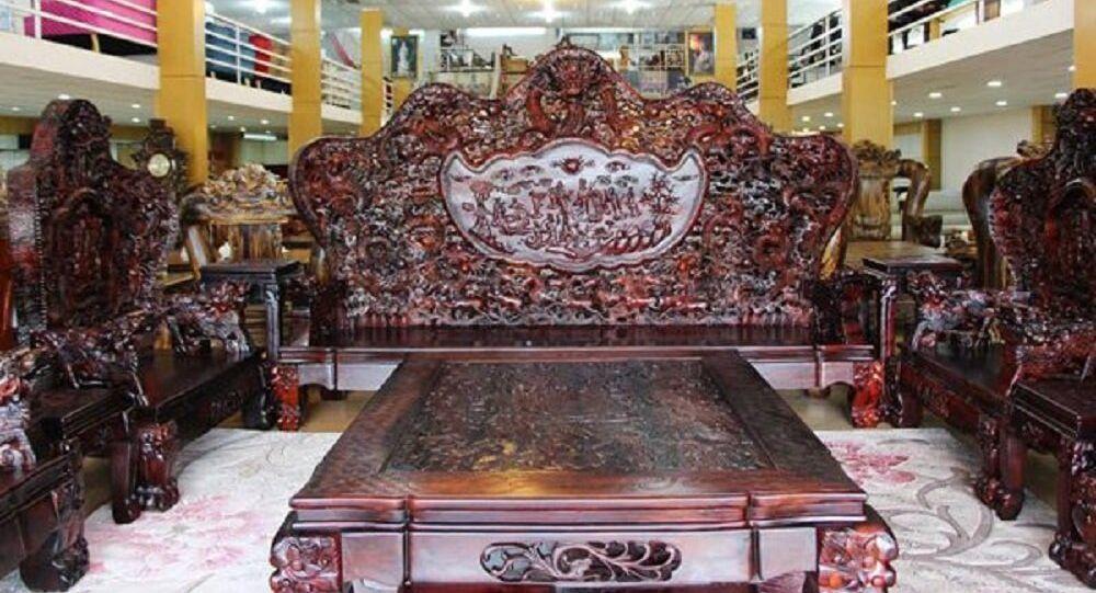 Bộ bàn ghế đắt nhất Việt Nam
