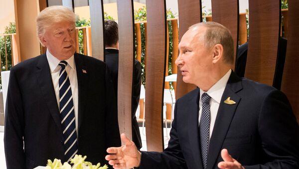 Vladimir Putin và Donald Trump - Sputnik Việt Nam