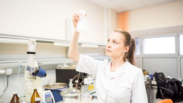 Cộng tác viên khoa học NUST MISiS, Tiến sĩ Svetlana Senatova - Sputnik Việt Nam