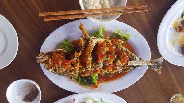 Quán ăn bị tố chặt chém du khách - Sputnik Việt Nam