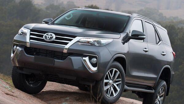 2017 Toyota Fortuner Exterior - Sputnik Việt Nam