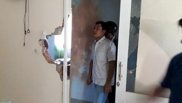 Nhà dân bị hư hỏng sau tiếng nổ lớn - Sputnik Việt Nam