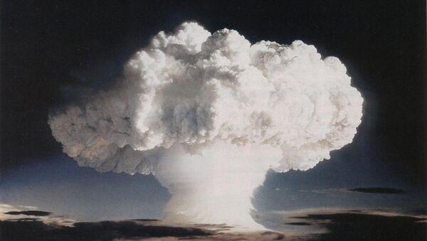 Mỹ thử nghiệm vũ khí hạt nhân năm 1952 - Sputnik Việt Nam