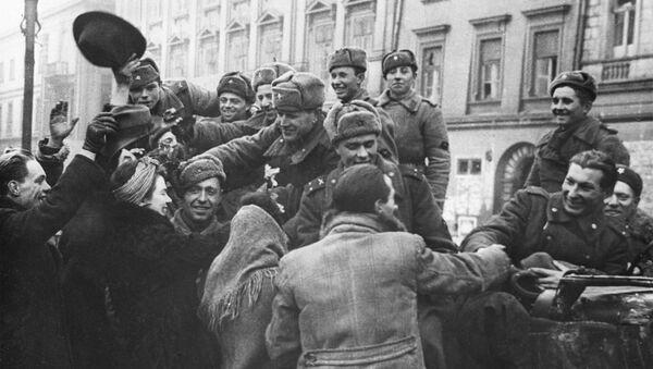 Hồng quân Liên Xô không giải phóng Ba Lan - Sputnik Việt Nam