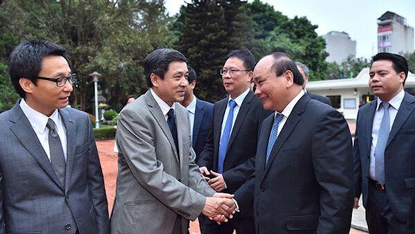 Thủ tướng trong một lần gặp gỡ các nhà khoa học - Sputnik Việt Nam