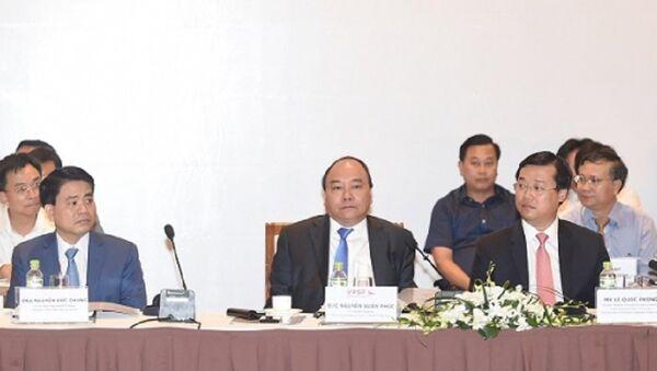 Thủ tướng Chính phủ Nguyễn Xuân Phúc phát biểu tại Diễn đàn Kinh tế tư nhân Việt Nam sáng 31.7 - Sputnik Việt Nam