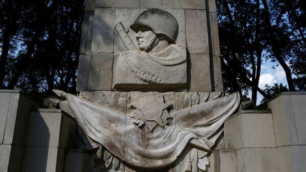 di tích tưởng niệm những người lính Xô-viết - Sputnik Việt Nam