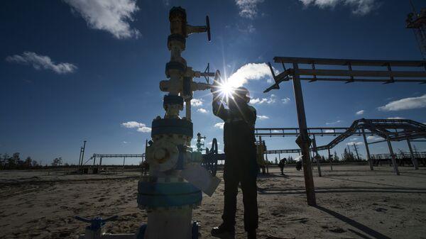 Khai thác dầu mỏ tại Nga - Sputnik Việt Nam