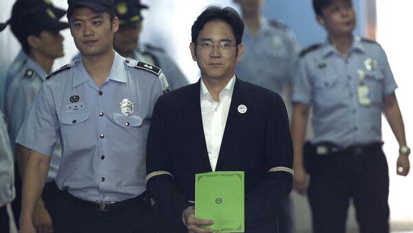 Lãnh đạo Samsung có thể ngồi tù 12 năm vì tội tham nhũng - Sputnik Việt Nam