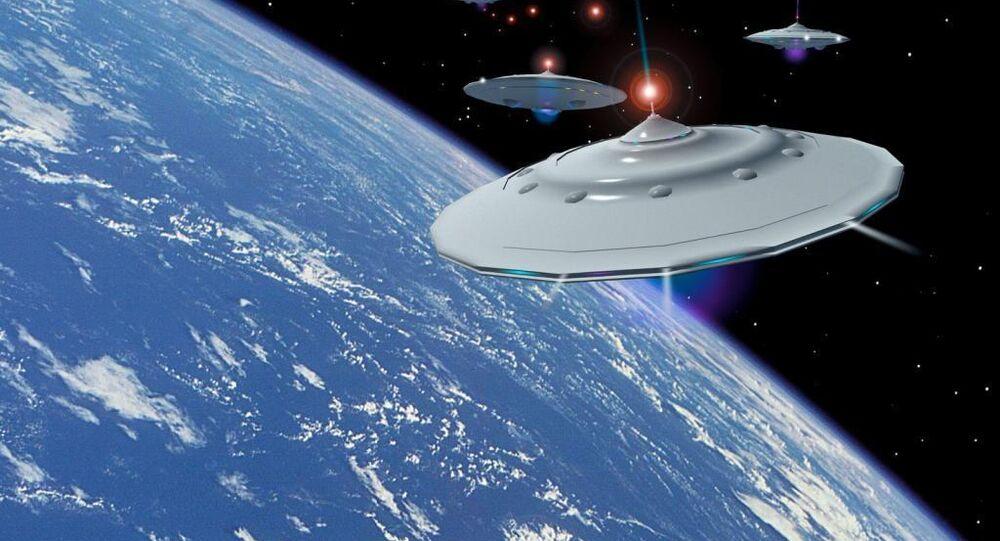 người ngoài hành tinh trên quỹ đạo của Trái Đất