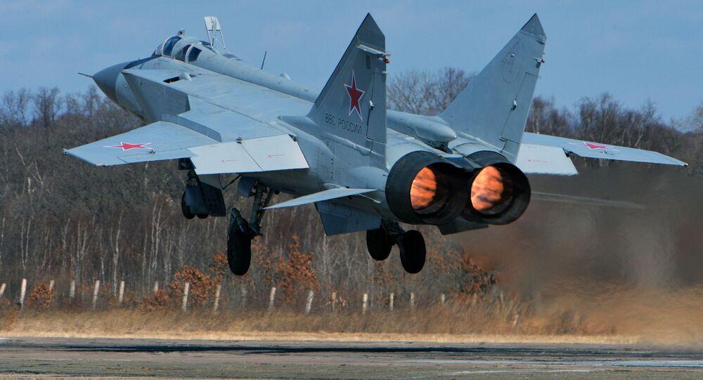 MIG-31 – chiến đấu cơ đánh chặn siêu thanh tầm xa.